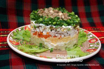 Фото рецепта салат грибна галявина