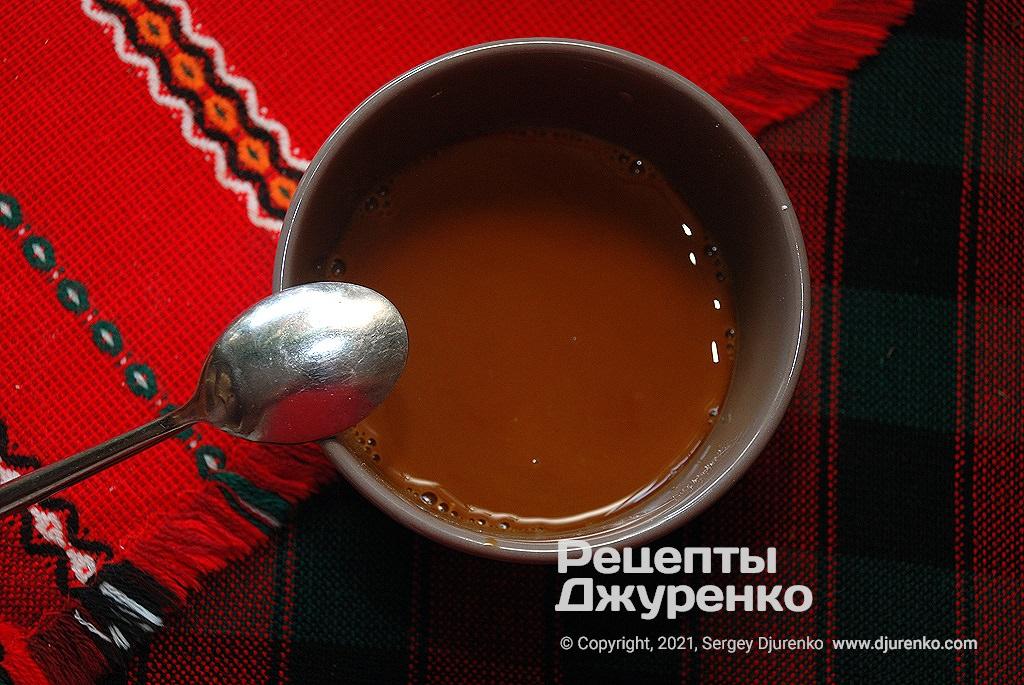 Соус для жарки - черный рисовый уксус, соевый соус, крахмал и сахар.