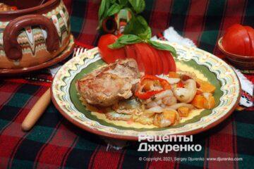 Фото рецепта жаркое в горшочке