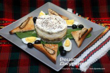 Фото рецепта салат со шпротами